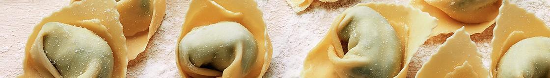 Les pâtes italiennes Garofalo disponibles dans plus de 30 formats : spaghetti, linguine, papardelle, fusilli, orzo, penne, radiatori,...